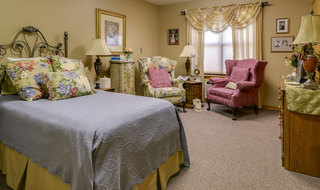 Single bedroom pittsburg assisted living