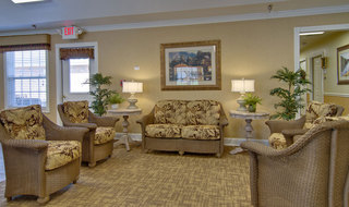 Lounge nixa assisted living