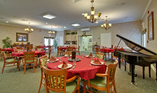 Dining hall saint peters assisted living