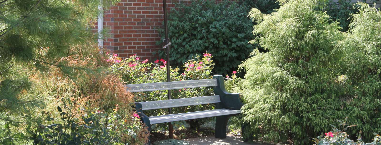 Senior living facility in Farmington has a relaxing bench