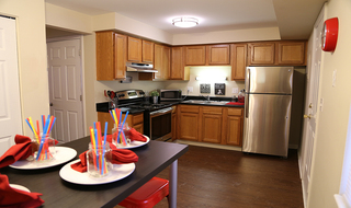 Oxford west apartments kitchen dining room oh