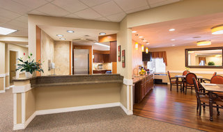 Common dining room in Topeka senior living