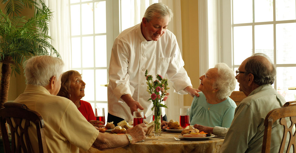 Excellent senior living dining experience