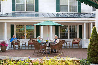 Friends enjoying veranda scarborough assisted living