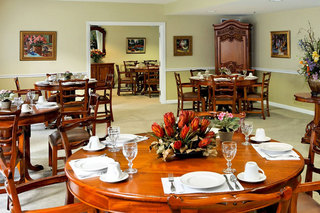 Memory care in scarborough maine dining arae