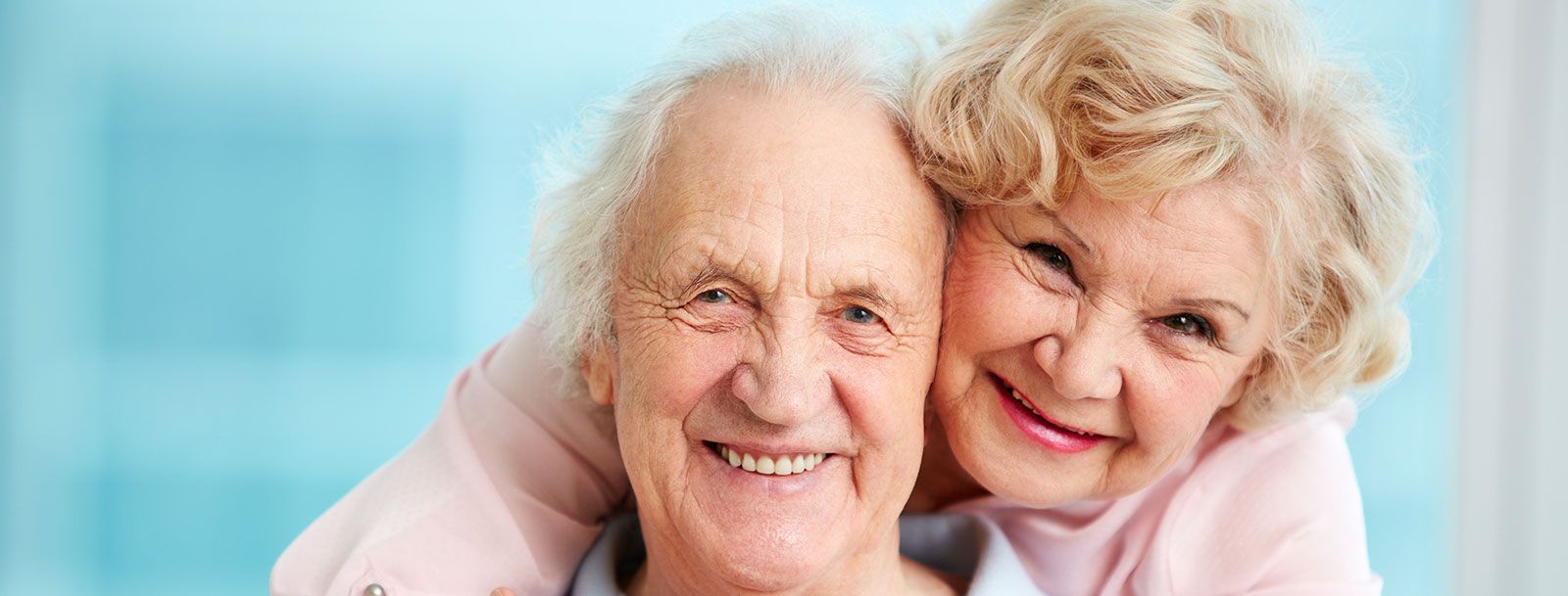 Fort Scott senior living has happy couples
