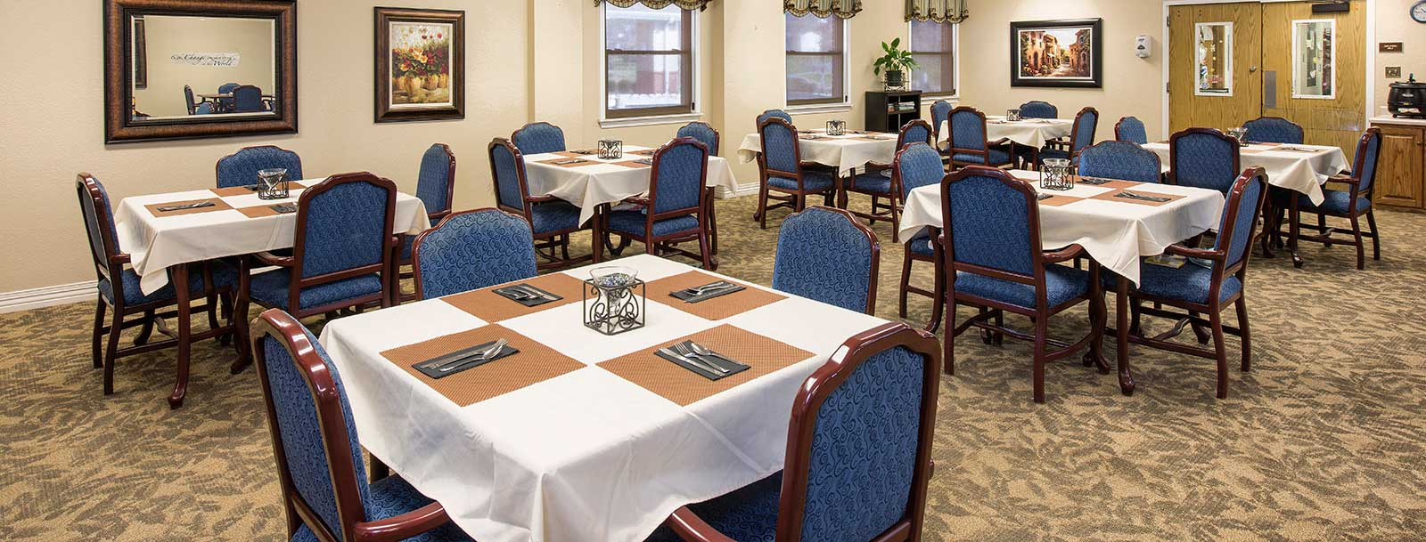 Professional chefs to prepare your meals at the senior living facility in Rolla