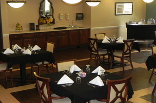 Quaint dining tables at kempsville
