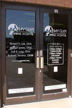 About Bay Glen Animal Hospital in Houston