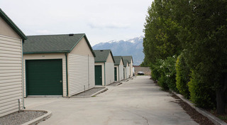 Lovely grounds at self storage in utah