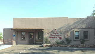 Verde veterinary hospital cottonwood building