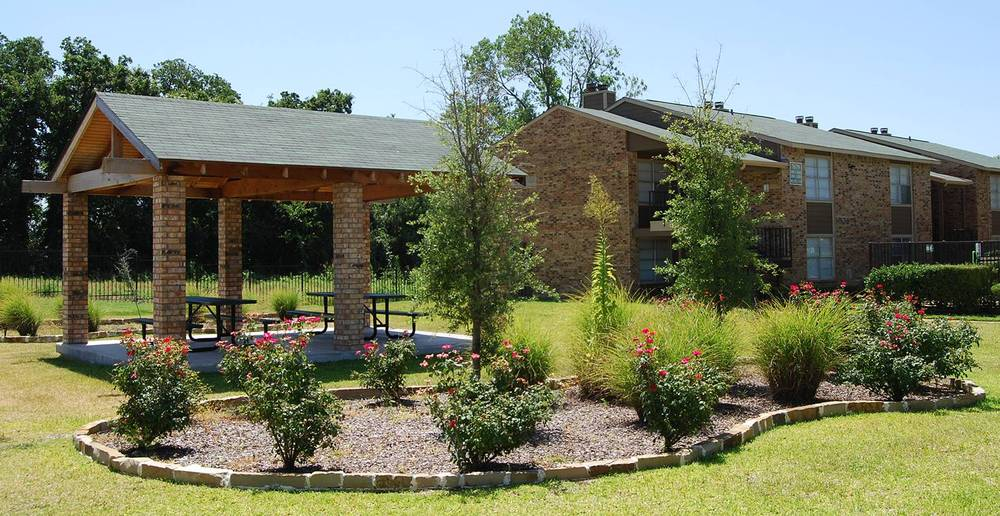 Enjoy the day outside in the gazebo at Tuscany Apartments in Fort Worth.