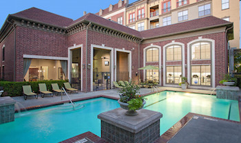 Medium-beautiful-resort-style-pool-at-luxury-apartments
