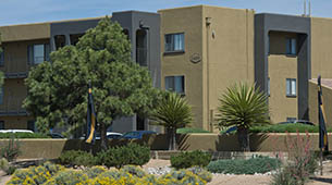 Information about the neighborhood surrounding apartments in Santa Fe