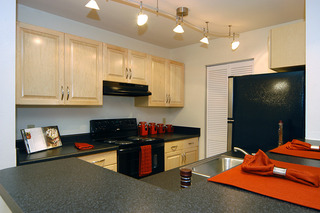 Our salisbury apartments offfer upgraded luxury kitchens