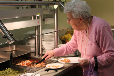 Assisted living dining at Traditions of Hanover
