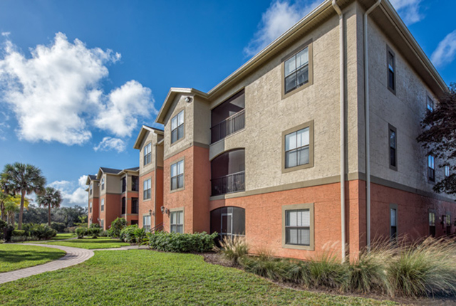 Come see why our residents love living at the lakes brandon west