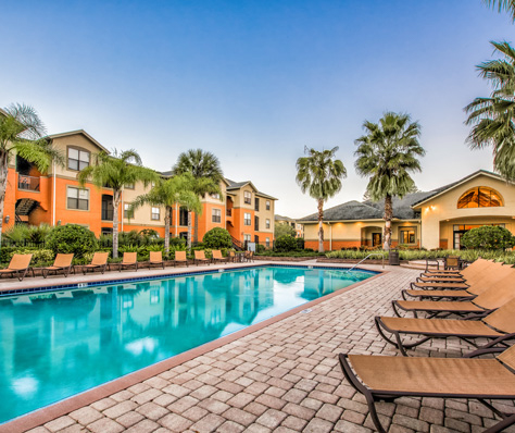 Tampa apartments for rent at The Lakes at Brandon West have great amenities.