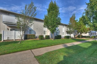 The Renaissance Apartments in Citrus Heights, CA