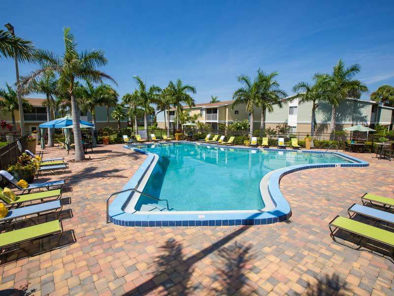 Resort style pool at our apartments in bradenton