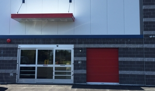 6 red end area awning