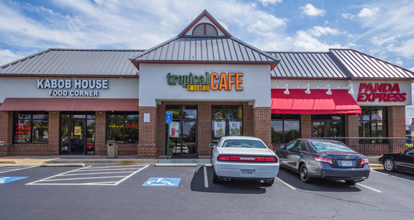 Spaces available for rent at Centreville Square in Centreville