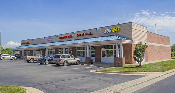 Property description for Marshall Shopping Center in Marshall