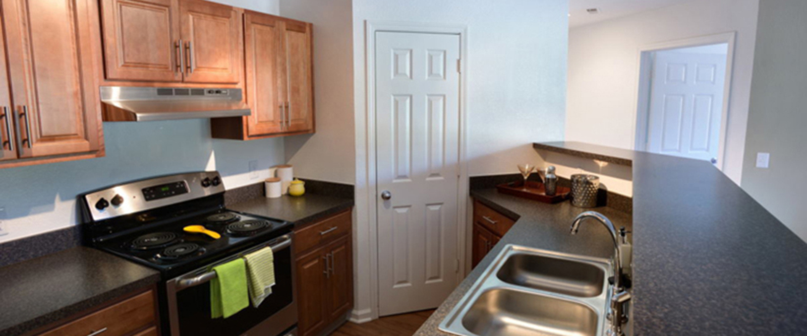 Merriman Valley Akron Apartments | Cascade Falls Apartments in ...