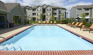 Pg sparkling pool at apartments in saint peters