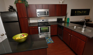 Pg kitchen at apartments in mo