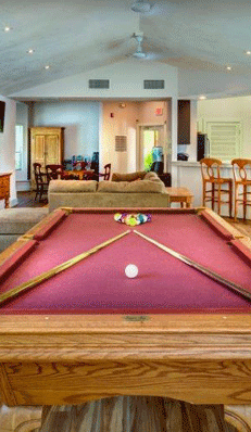 Harbour pointe pool room
