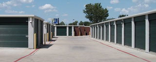 Little elm self storage drive up
