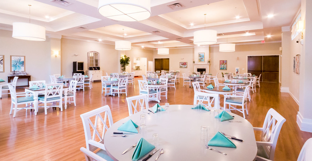 Huge assisted living in spring texas dining