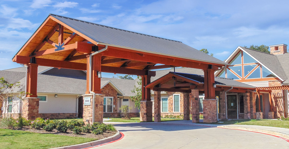 Huge assisted living in spring texas front entry driveway