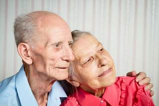 Married couple at our englewood senior living home