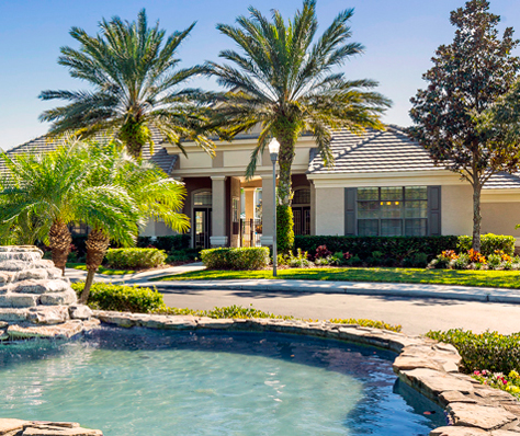 Hamlin at Lake Brandon one, two and three bedroom apartments for rent in Brandon, FL.