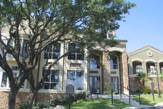 Apartments for rent in San Antonio at The Abbey at Grande Oaks
