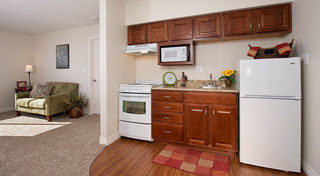 Lawrence il sunflowertowers kitchen9 21 17