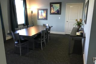 Modern dining room at the abbey on lake wyndemere
