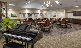 7 capetown memory care dining room
