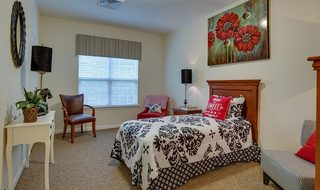 12 mill creek village private bedroom