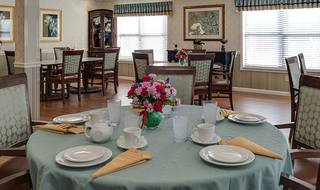 6 pittsburg senior living elegant dining