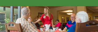 Touchmark bend oregon senior living retirement dining conversation with friends dhb 3993