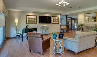 3 quaker hill piano lounge living space