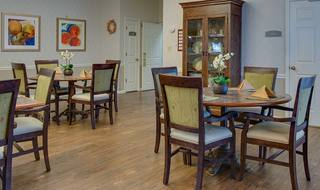 5 dining room at clinton memory care