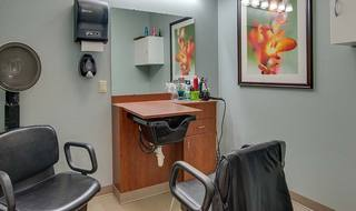 10 hickory gardens on site beauty barber shop