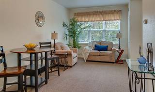 12 madison assisted living suite