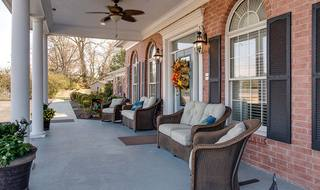 2 shelbyville assisted living front porch
