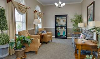 5 shelbyville assisted living resident space