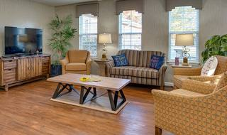8 shelbyville assisted living resident loung